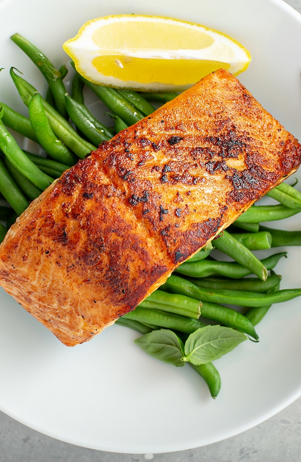 Air fryer blackened salmon fillets recipe. Learn how to cook healthy and delicious salmon fillets in an air fryer. #airfryer #dinner #salmon #blackened #fillets #seafood #fish #lunch