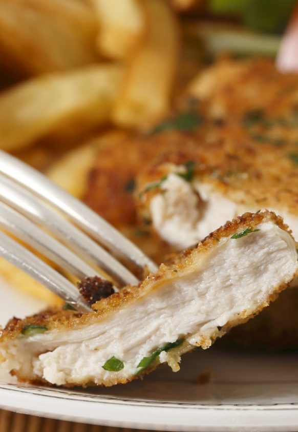 Air fryer classic chicken schnitzel recipe. Learn how to cook crispy and delicious chicken schnitzel in an air fryer. 3airfryer #dinner #chicken #schnitzel #lunch #crispy #delicious