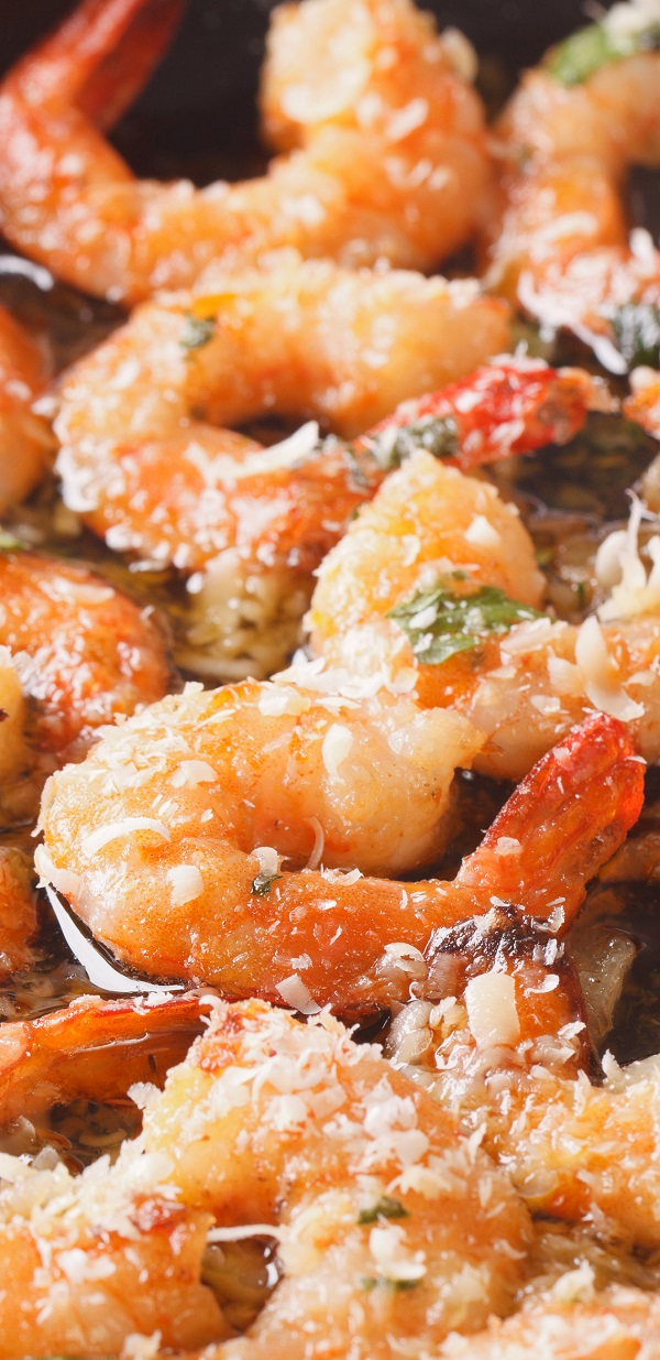 Air fryer garlic Parmesan shrimp recipe. Learn how to cook yummy shrimp in air fryer. #airfryer #dinner #appetizers #party #seafood #shrimp