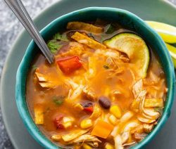 Instant pot chicken tortilla soup recipe. Learn how to co0k yummy Mexican chicken tortilla soup in an instant pot. #pressurecooker #instantpot #chicken #mexican #soup #tortilla