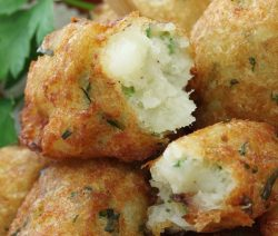 Air fryer cod croquettes recipe. Learn how to cook yummy and crispy fish croquettes in an air fryer. #airfryer #dinner #fish #cod #croquettes #fish #seafood #crispy