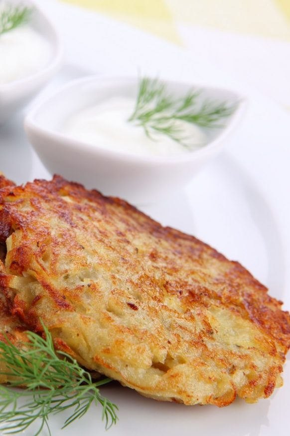 Instant pot potato pancakes recipe. Learn how to cook delicious potato pancakes in an electric instant pot. #instantpot #pressurecooker #dinner #breakfast #delicious #potato #pancakes