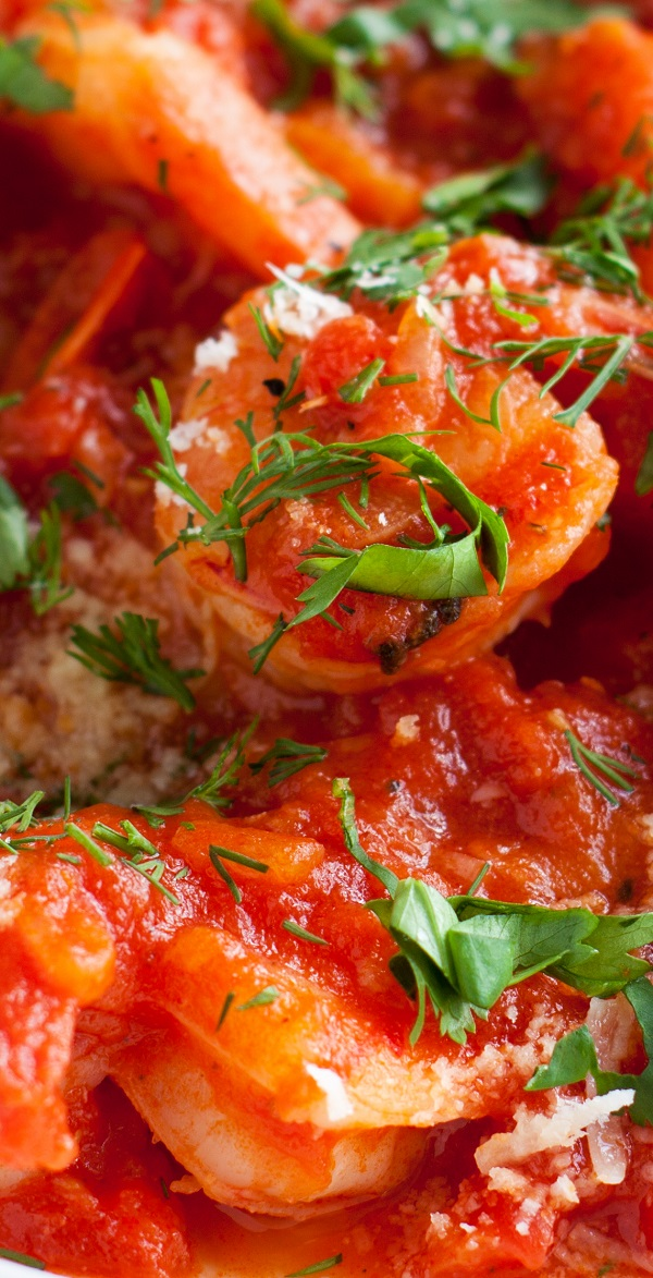 Instant pot tomato garlic shrimp recipe. Learn how to cook delicious shrimp with tomato and chili sauce in an instant pot. #pressurecooker #instantpot #dinner #shrimp #tomato #garlic #easy