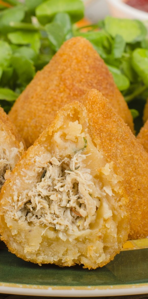 Air fryer Brazilian coxinha recipe. learn how to cook delicious Brazilian street appetizers in an air fryer. #airfryer #chicken #dinner #appetizer #brazilian #coxinha